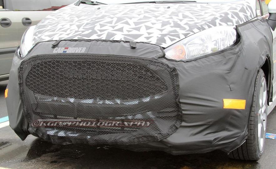 2014 Ford Fiesta ST 5-door (spy photo) - Slide 10