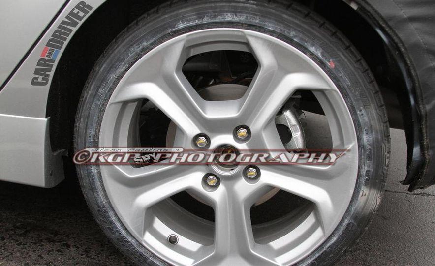 2014 Ford Fiesta ST 5-door (spy photo) - Slide 12