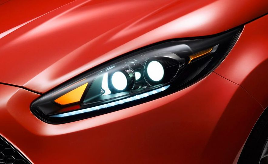 2014 Ford Fiesta ST 5-door (spy photo) - Slide 27