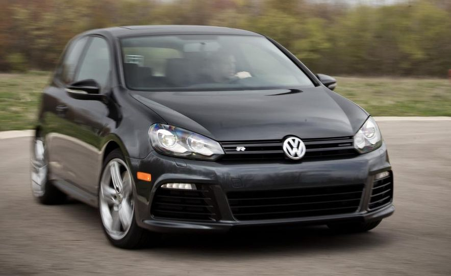 2012 Volkswagen Golf R - Slide 1