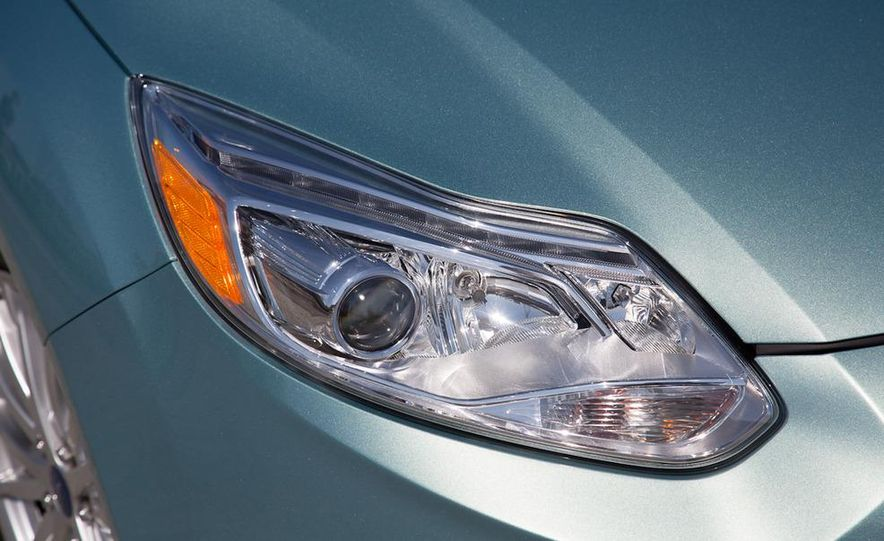 2012 Ford Focus Electric - Slide 27