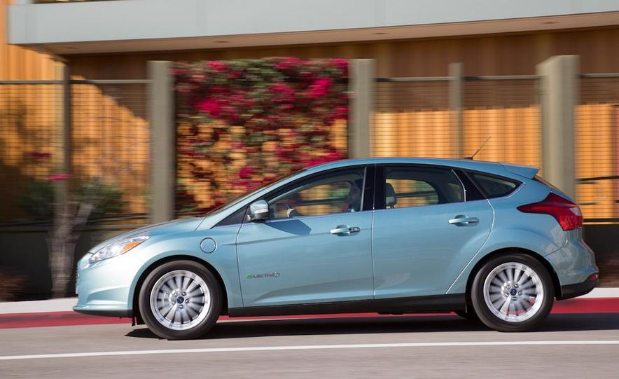 2012 Ford Focus Electric - Slide 1
