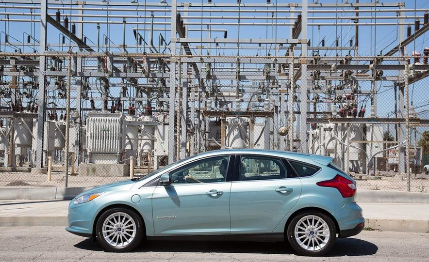 2012 Ford Focus Electric - Slide 11