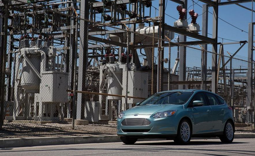 2012 Ford Focus Electric - Slide 12