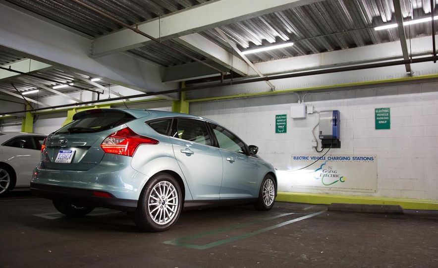 2012 Ford Focus Electric - Slide 13