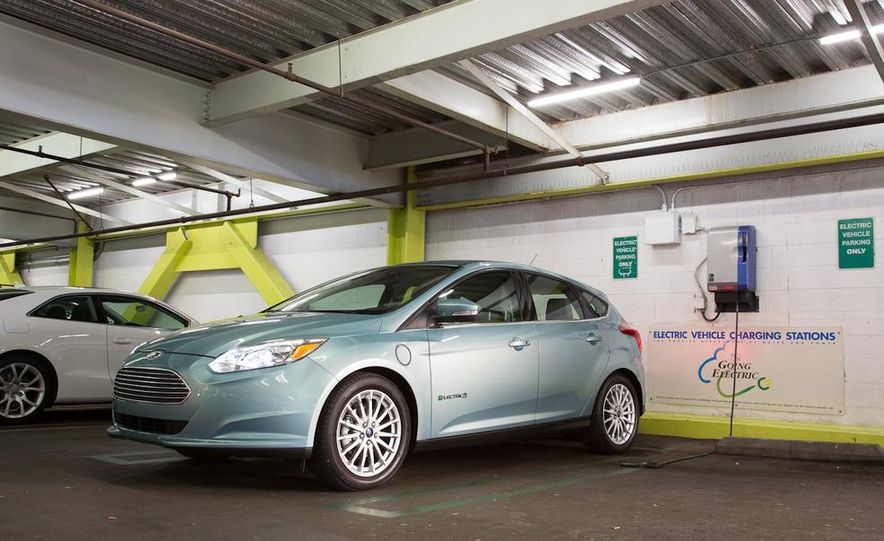 2012 Ford Focus Electric - Slide 16