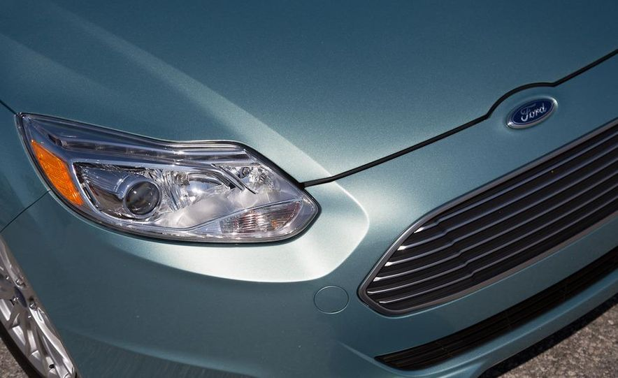 2012 Ford Focus Electric - Slide 25