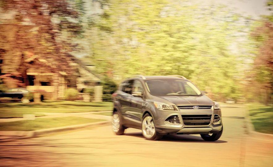2013 Ford Escape Titanium 4WD - Slide 2