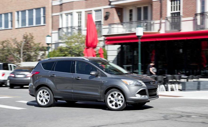 2013 Ford Escape Titanium 4WD - Slide 4