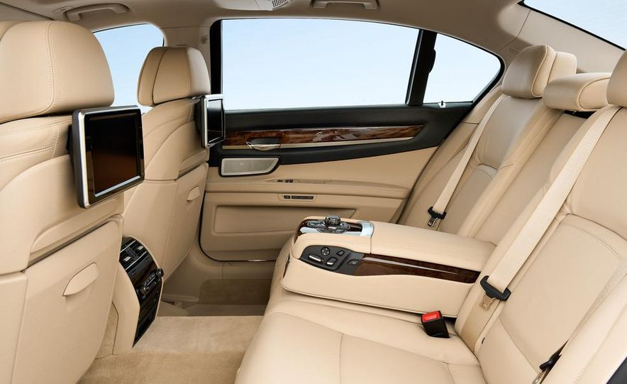 2013 BMW 750d xDrive and 750Li - Slide 58