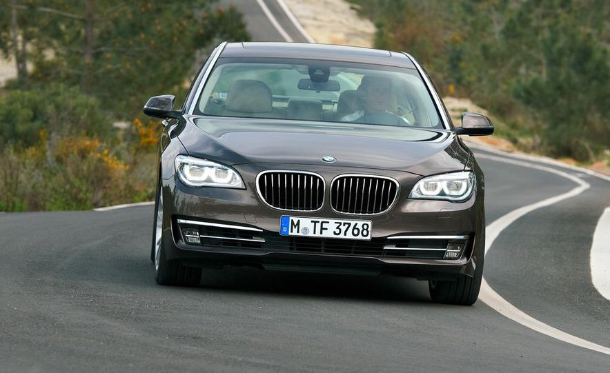 2013 BMW 750d xDrive and 750Li - Slide 25