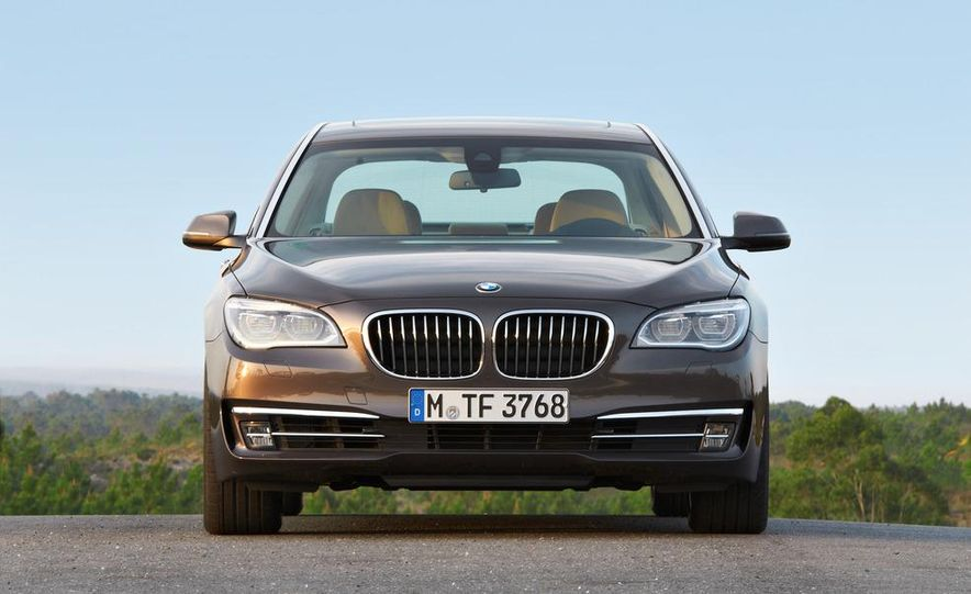 2013 BMW 750d xDrive and 750Li - Slide 38