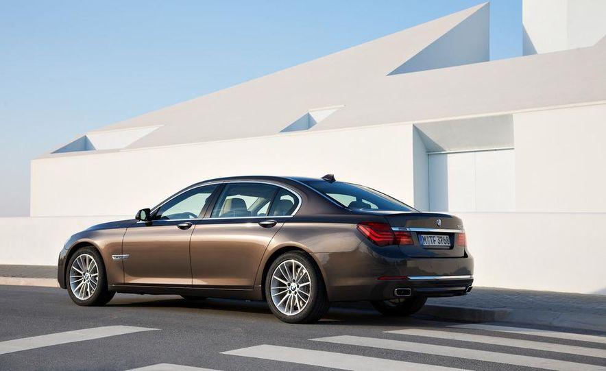 2013 BMW 750d xDrive and 750Li - Slide 40