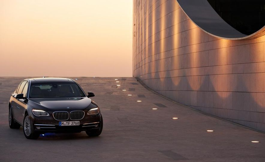 2013 BMW 750d xDrive and 750Li - Slide 49