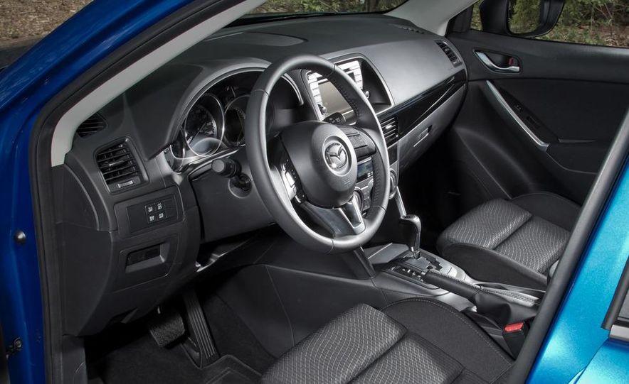 2013 Mazda CX-5 Touring AWD - Slide 4