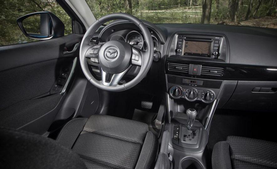 2013 Mazda CX-5 Touring AWD - Slide 7