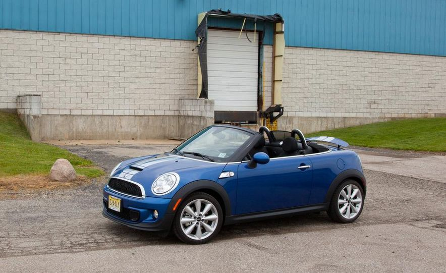 2012 Mini Cooper S Roadster - Slide 2