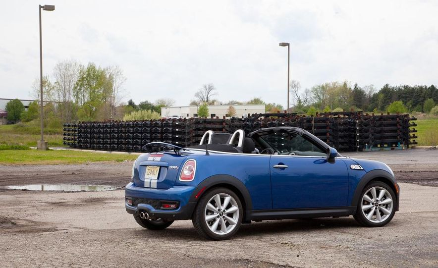 2012 Mini Cooper S Roadster - Slide 3