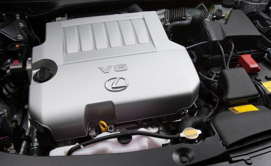 2013 Lexus ES350 - Slide 41