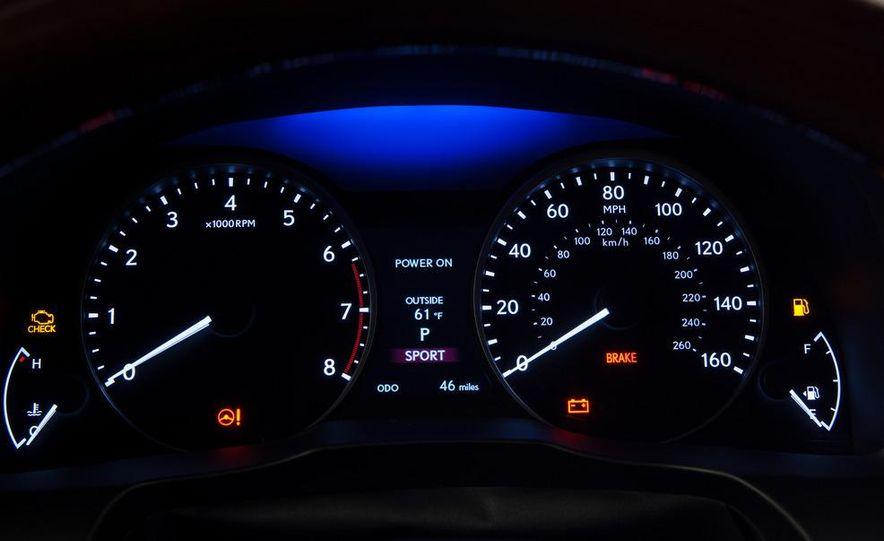 2013 Lexus ES350 - Slide 28