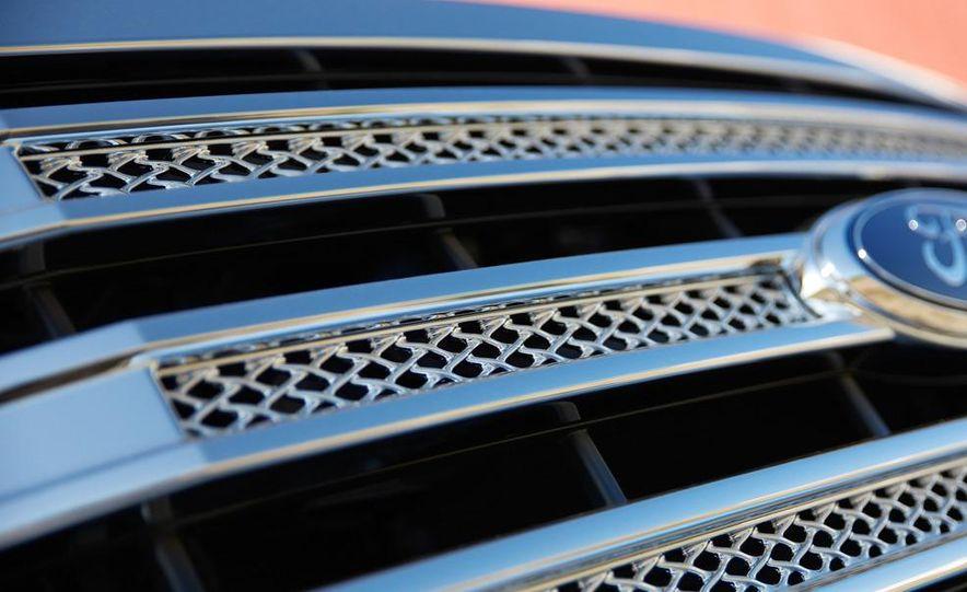 2013 Ford F-150 Lariat - Slide 10