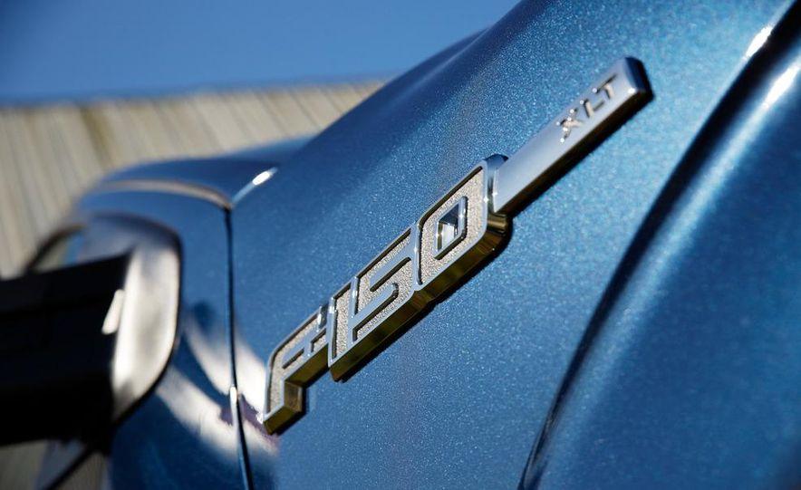 2013 Ford F-150 Lariat - Slide 26