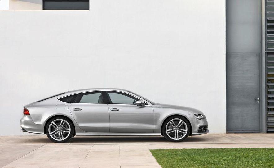 2016 Audi Q8 (artist's rendering) - Slide 33