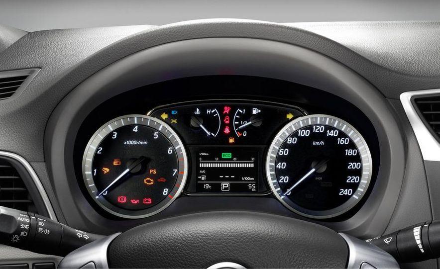 2013 Nissan Sentra (spy photo) - Slide 20