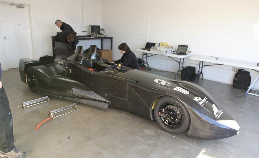 DeltaWing race car - Slide 1