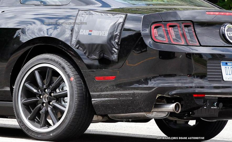 2015 Ford Mustang coupe (spy photo) - Slide 8