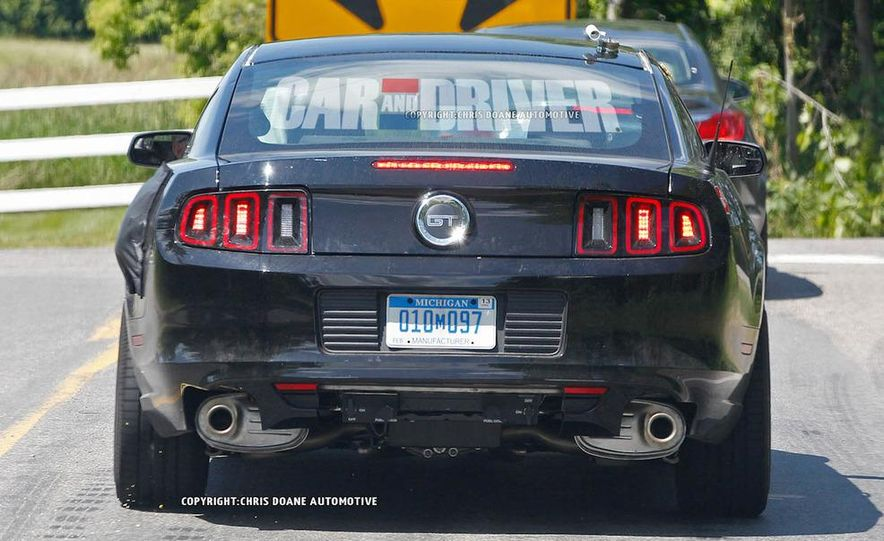 2015 Ford Mustang coupe (spy photo) - Slide 9
