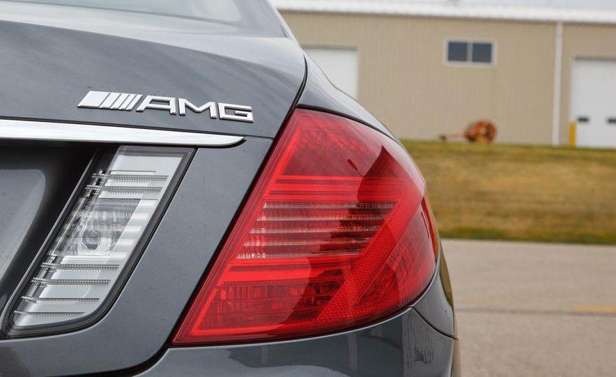 2012 Mercedes-Benz CL63 AMG - Slide 11