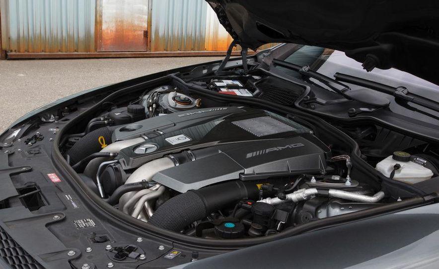 2012 Mercedes-Benz CL63 AMG - Slide 22