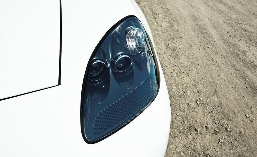 2013 Chevrolet Corvette 427 - Slide 18