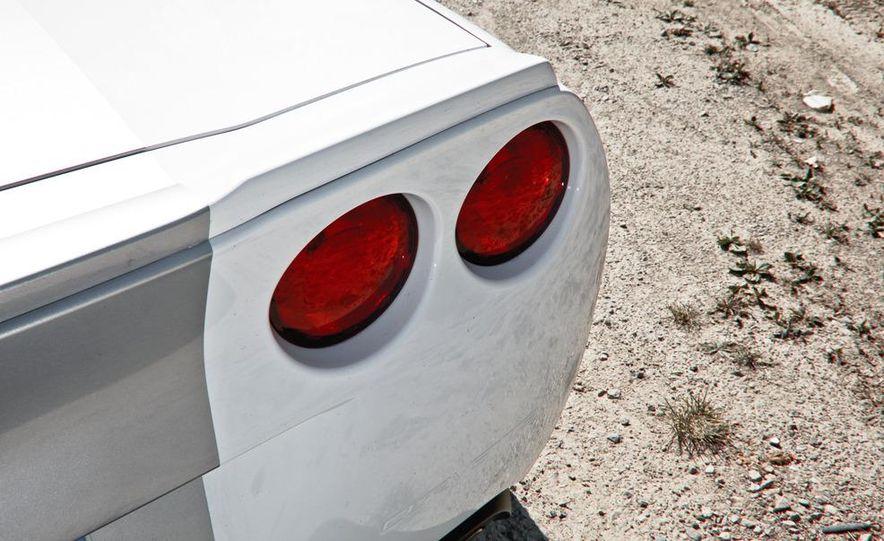 2013 Chevrolet Corvette 427 - Slide 24