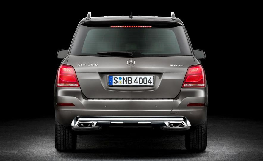 2013 Mercedes-Benz GLK350 4MATIC - Slide 24