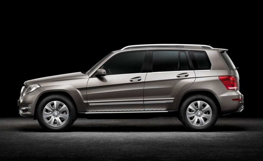 2013 Mercedes-Benz GLK350 4MATIC - Slide 25