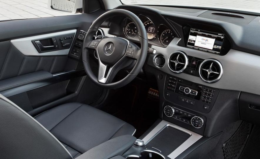 2013 Mercedes-Benz GLK350 4MATIC - Slide 20