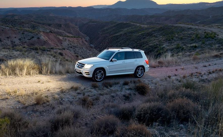 2013 Mercedes-Benz GLK350 4MATIC - Slide 1