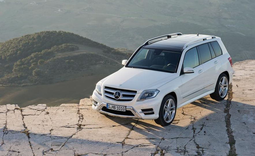 2013 Mercedes-Benz GLK350 4MATIC - Slide 3