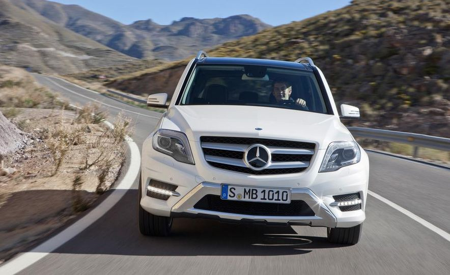 2013 Mercedes-Benz GLK350 4MATIC - Slide 5