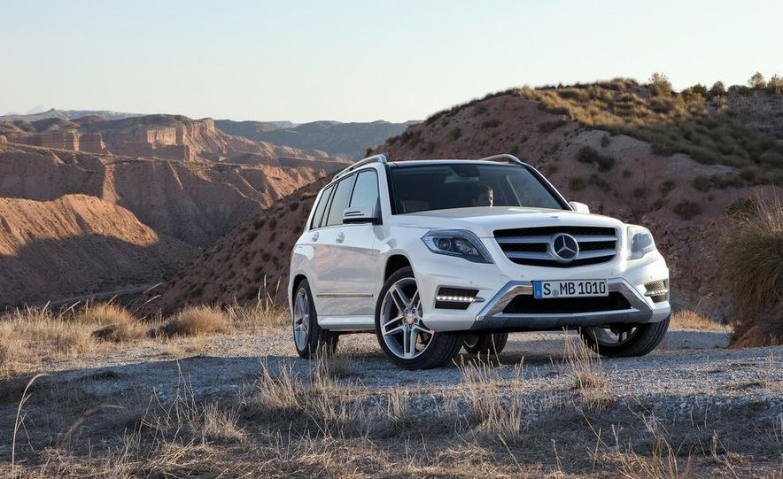 2013 Mercedes-Benz GLK350 4MATIC - Slide 7
