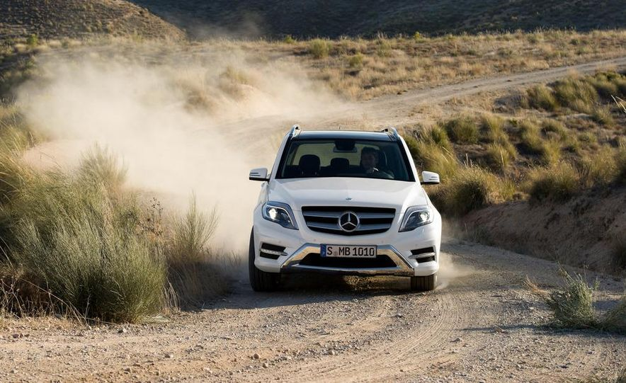 2013 Mercedes-Benz GLK350 4MATIC - Slide 10