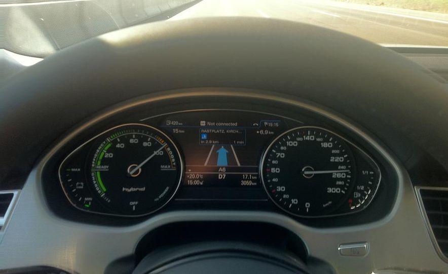 2013 Audi A8 hybrid - Slide 15
