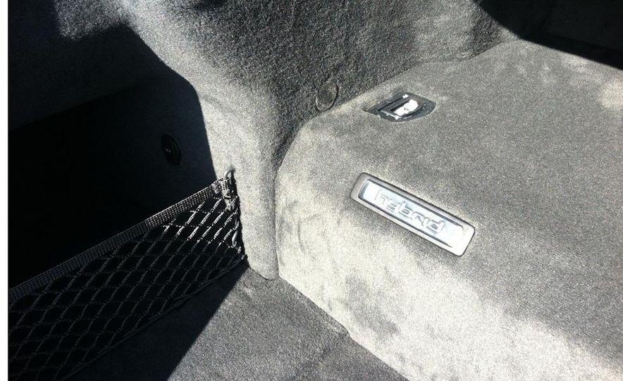 2013 Audi A8 hybrid - Slide 13