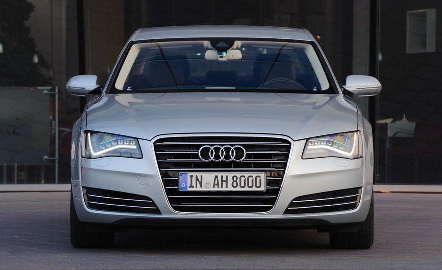 2013 Audi A8 hybrid - Slide 9