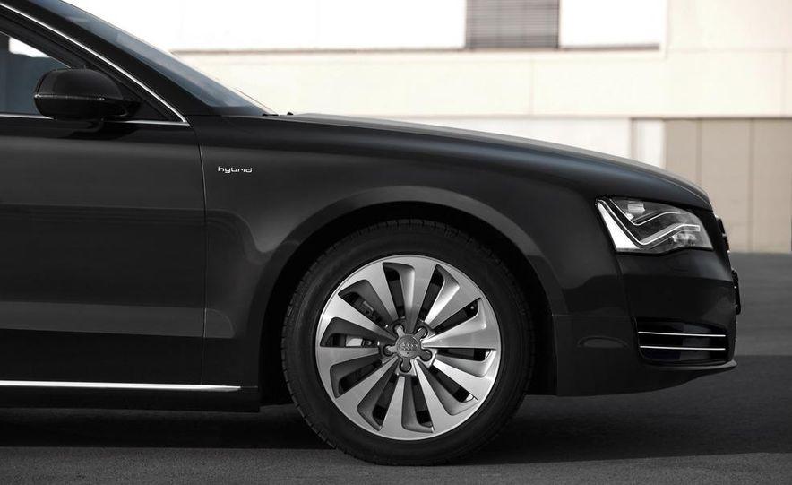 2013 Audi A8 hybrid - Slide 18