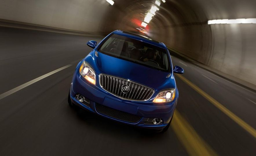 2013 Buick Verano Turbo - Slide 4