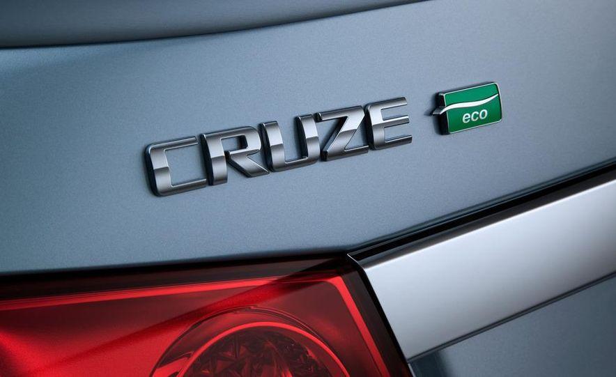 2012 Chevrolet Cruze Eco - Slide 10