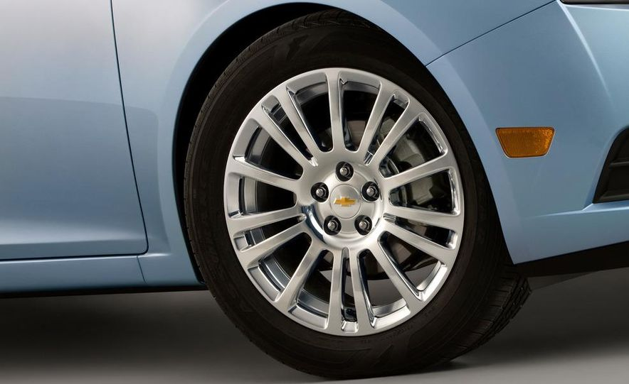 2012 Chevrolet Cruze Eco - Slide 9